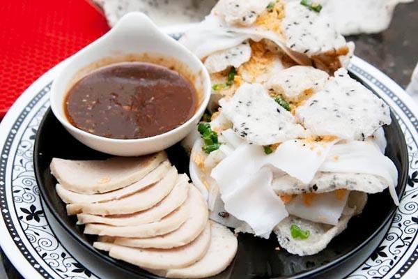 Bánh tráng đập món ăn Đà Nẵng độc đáo