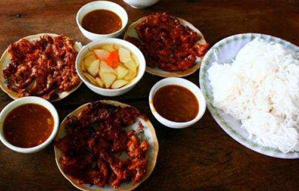 Bún thịt nướng món ăn mang hương vị Hà Tĩnh