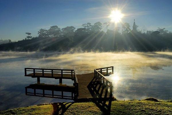 Hồ Xuân Hương địa điểm du lịch Đà Lạt nổi tiếng