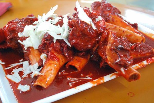 Sup Tulang món ăn đường phố Singapore