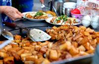 Bột chiên món ăn đường phố Sài Gòn nổi tiếng