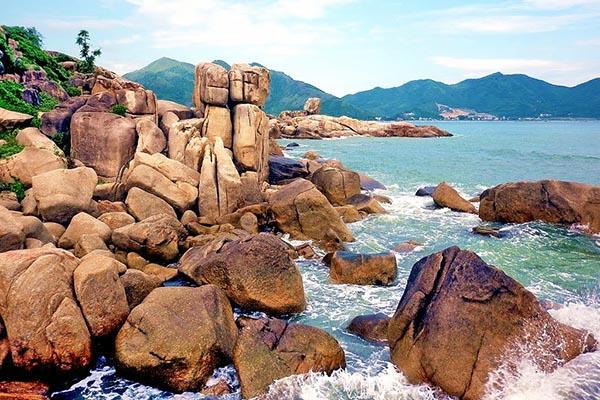 Hòn Chồng địa điểm du lịch nổi tiếng Nha Trang từ xa xưa