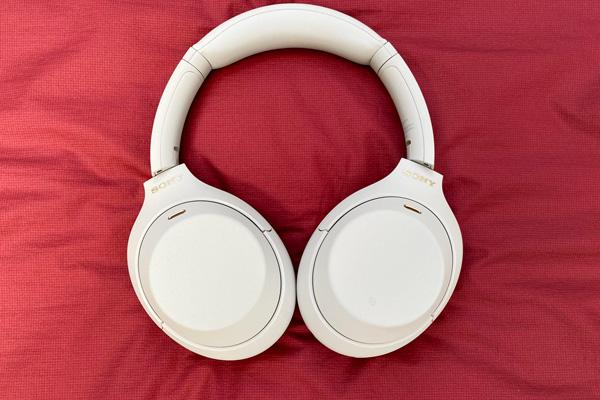 Sony WH-1000XM4 tai nghe chống ồn tốt nhất