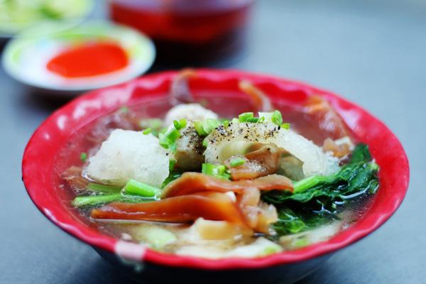Top 12 món ăn nổi tiếng đường phố Sài Gòn