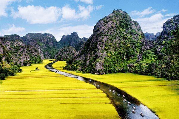 Khám phá thiên nhiên 5 điểm đến du lịch Ninh Bình tuyệt đẹp